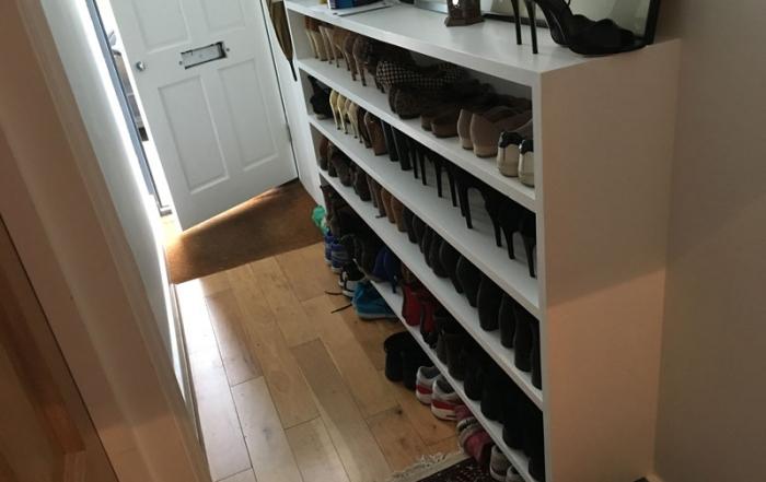 Hallway shoe rack